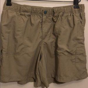 Columbia Shorts Size Medium